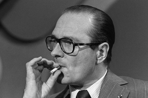 Jacques Chirac a fait son premier stage, alors qu'il était encore étudiant à l'ENA, à la préfecture de l'Isère.