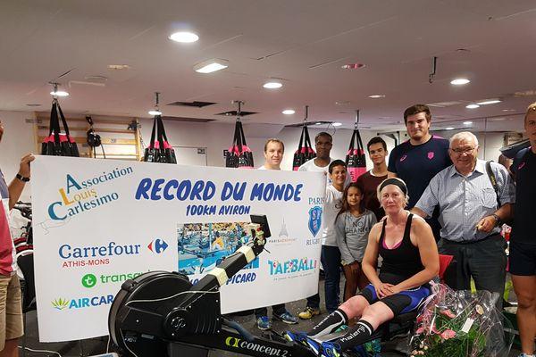 Virginie Picard a ramé 100km en 24h et 27min.