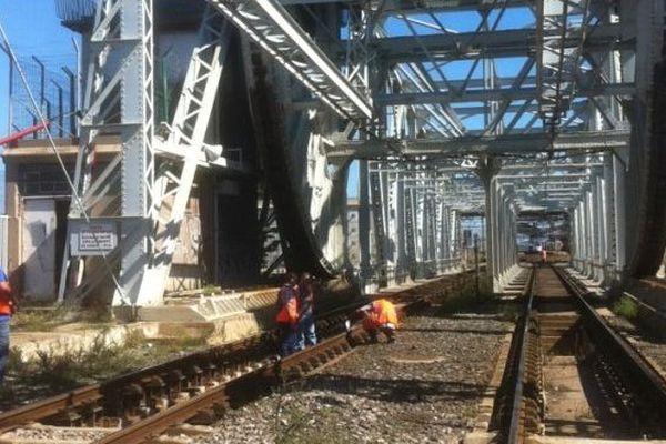 Les travaux sur le pont SNCF à Sète