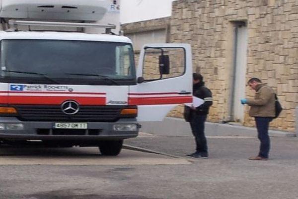 Narbonne ce matin, perquisition d'un camion devant les abattoirs municipaux