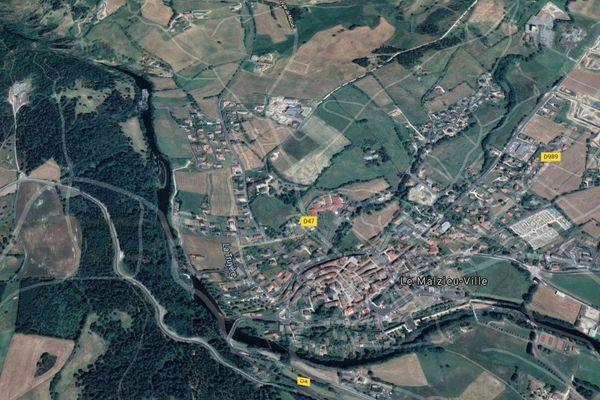 La Truyère traverse notamment le Malzieu-Ville (Lozère)