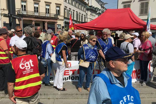 Une cinquantaine de personnes est mobilisée à Mulhouse.