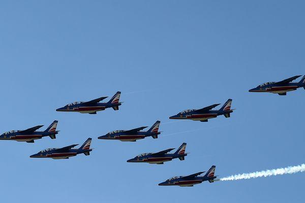 La Patrouille de France a assuré le spectacle, samedi 15 septembre, à Issoire, près de Clermont-Ferrand, à l'occasion de la 20e édition du festival aérien Cervolix
