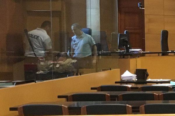 11/10/2017 - Maurice Tichadou a été condamné à 18 ans de réclusion criminelle par la cour d'assises de la Haute-Corse.