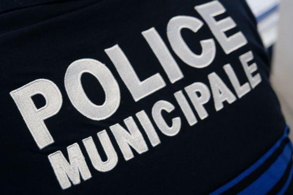 Dimanche 19 septembre, à Laigneville dans l'Oise, la police municipale a constaté et verbalisé 71 infractions commises par un cortège de mariage.