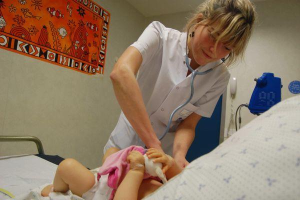 La bronchiolite aiguë est une maladie respiratoire d'origine virale qui touche 30% des nourrissons de moins de 2 ans chaque hiver.