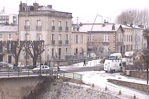 Le pont du Commerce sous la neige