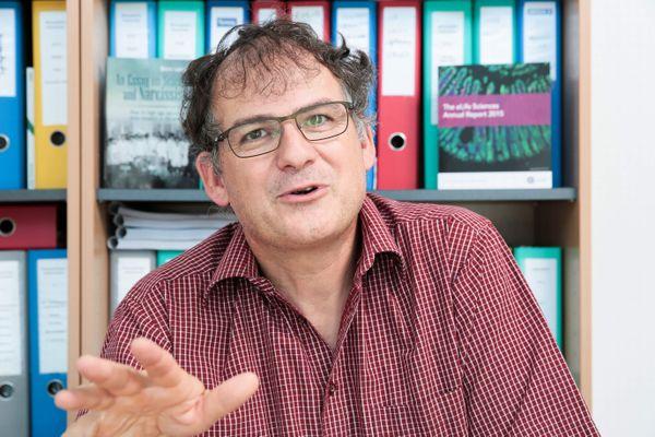 Bruno Lemaitre : Enseignant Chercheur en Suisse