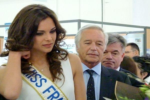 François Rebsamen a inauguré la Foire de Printemps de Dijon, en compagnie de Marine Lorphelin, Miss France 2013, jeudi 18 avril 2013.