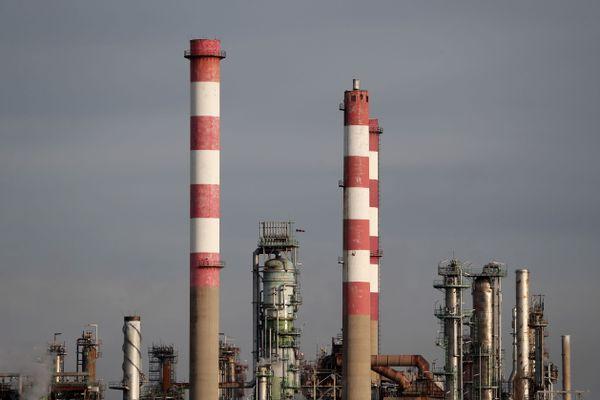 La raffinerie Esso, à Fos-sur-Mer