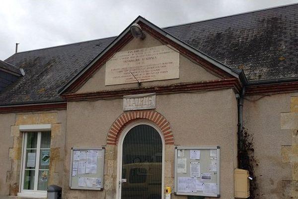mairie Ouvrouer-les-champs (Loiret)