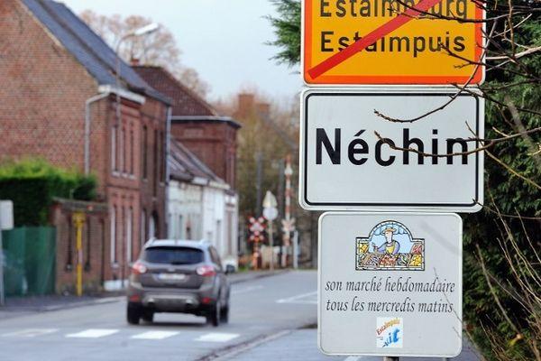 L'entrée de Néchin (commune d'Estaimpuis) en Belgique.