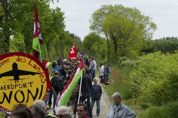 Chaîne de solidarité contre l'aéroport de Notre-Dame-des-Landes, 11 mai 2013