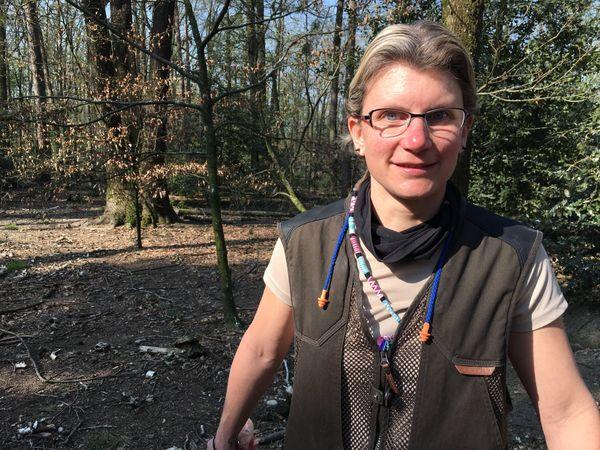 Coralie Schweitzer, soigneuse au parc Argonne Découverte. Ardennes
