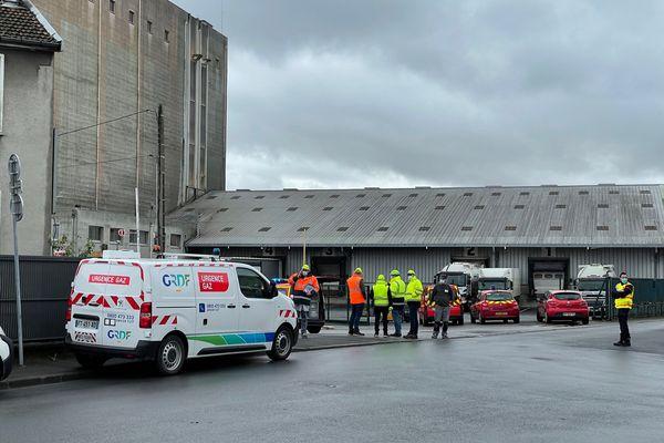 Les secours sont intervenus près des grands moulins de Reims suite au dégagement de fumées.
