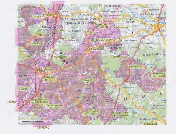 L'association Asso 3 D (Défense du Val de Dronne et de la Double) montre l'ampleur de l'opposition au projet éolien autour de Parcoul-Chenaud dans cette carte qu'ils diffusent... En rosé : les conseils municipaux qui se sont opposés à des projets éoliens  - dont la Roche-Chalais : vote contre le secteur éolien de La Roche-Chalais dans le PLU (2015), vote contre le projet de Puymangou-Parcoul (2016) - dont Saint-Aulaye-Puymangou : vote contre le projet de Saint-Aulaye (La Latière), position défavorable du maire sur le projet de Puymangou-Parcoul Ces conseils encerclent le conseil municipal de Parcoul-Chenaud, qui reste le dernier à défendre ce projet derrière son maire