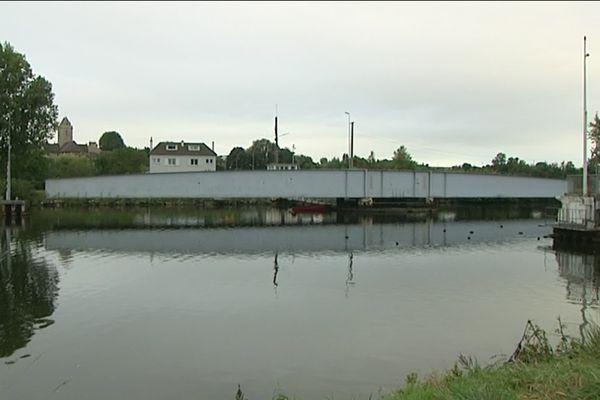 Le pont de Colombelles est en panne depuis ce mardi 21 septembre