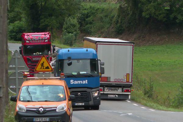 450 camions empruntent chaque jour la RN 134 en Vallée d'Aspe.