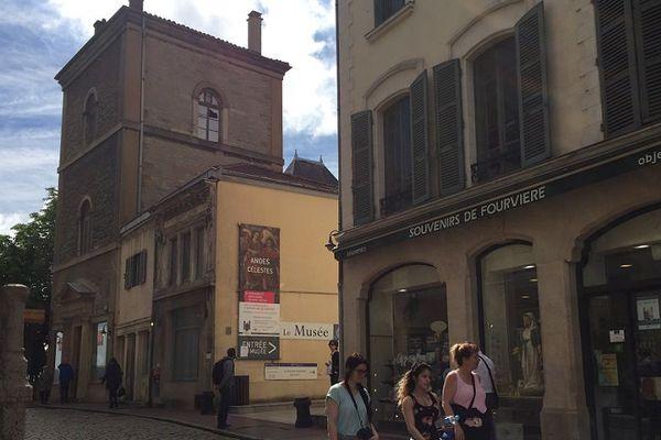 Après le vol de la couronne de la Vierge, le musée de Fourvière est temporairement fermé ce week-end, pour les besoins de l'enquête.