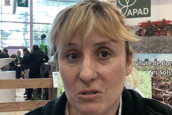 Stéphanie Sordelle est une cultivatrice militante de l'environnement en Côte d'Or.