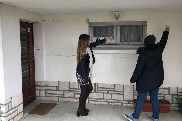 De nombreuses maisons de Soyaux présentent des fissures extérieures et intérieures.