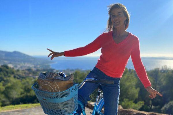Nathalie Simon vous emmène découvrir sa ville, Carqueiranne, dans Chroniques Méditerranéennes, ce dimanche 11 avril à 12h55.