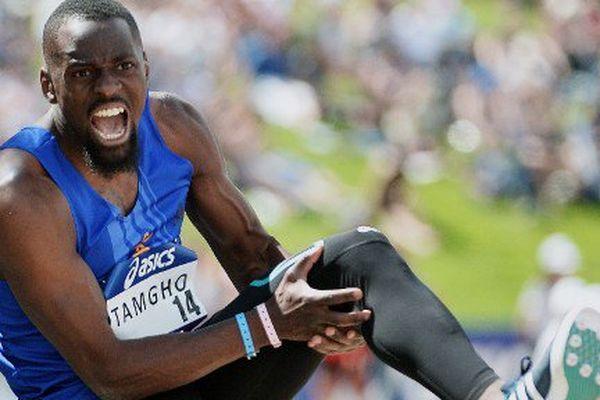 Le champion du monde 2013 du triple saut Teddy Tamgho, fauché samedi en pleine tentative par une fracture du fémur gauche alors qu'il réalisait les minima pour les JO de Rio aux championnats de France d'Angers, ne pourra réaliser son rêve olympique.