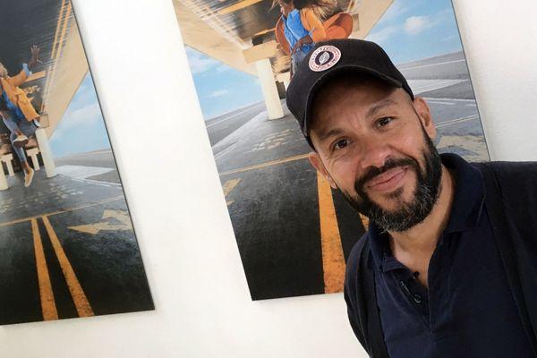 Originaire de Saint-Priest, près de Lyon, Mourad Merzouki dirige depuis 2009 le Centre Chorégraphique National de Créteil.
