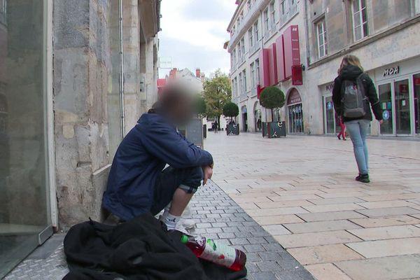 """Actuellement à Besançon, près de 30 personnes dites """"vulnérables"""" sont sans domicile fixe."""