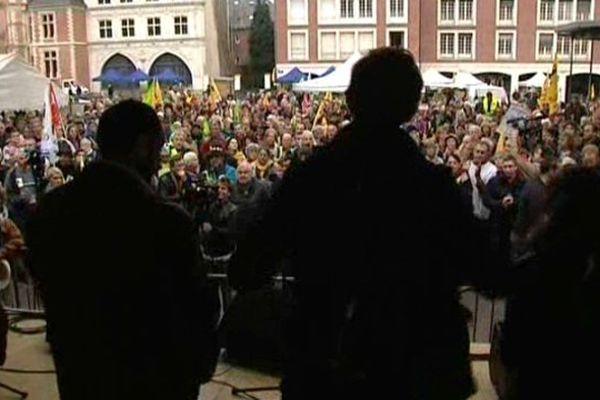Entre 3000 à 4000 personnes sont venues soutenir les militants de la Confédération Paysanne jugés à Amiens