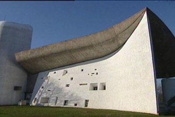 La Chapelle de Ronchamp, oeuvre du Corbusier