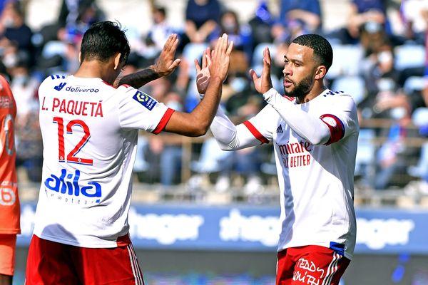 Dimanche 18 octobre 2020, face au RC Strasbourg, Memphis Depay a été l'auteur des 3 passes décisives permettant à l'Olympique Lyonnais de renouer avec la victoire. Score final à la Meinau : 3 buts à 2 en faveur de l'OL. Ligue 1, saison 2020-2021.