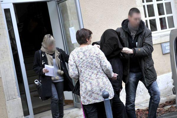 (Photo archive Dec 4, 2014) Médecin généraliste à Argent sur Sauldre (18), Thierry Dassas est jugé à partir de ce lundi pour viols aggravés. L'homme filmait également ses attouchements dans son cabinet médical.