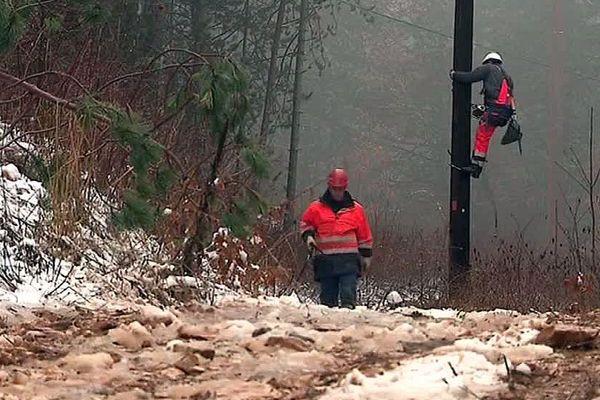 Les techniciens d'Enedis rétablissent l'électricité en Lozère - 2018.