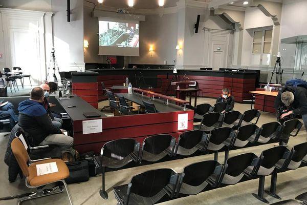 La salle d'audience de la cour d'assises de la Savoie, le 3 mai 2021.