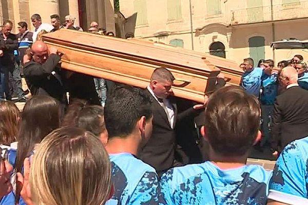 Beaucaire (Gard) - obsèques du couple de supporteurs de Castres décédé dans un accident de car dans la Drôme - 1er juin 2018.