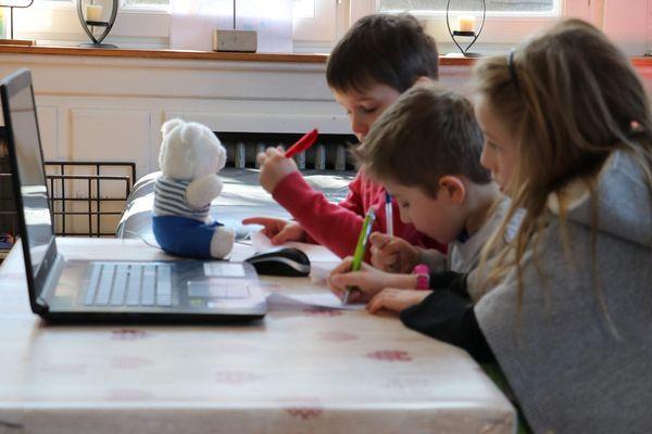 L'école à distance est dépendante du bon fonctionnement des plateformes numériques.