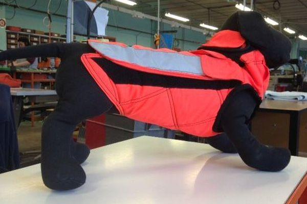 Selon la taille des chiens de chasse, les gilets sont vendus de 260 à 320 €