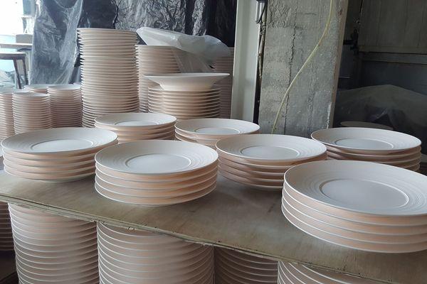 Les assiettes Coquet en porcelaine de Limoges à Saint Léonard de Noblat