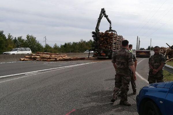 La circulation sur l'A20 a été coupée pendant plus d'une heure entre les sorties 66 et 67 dans le sens Montauban - Toulouse.