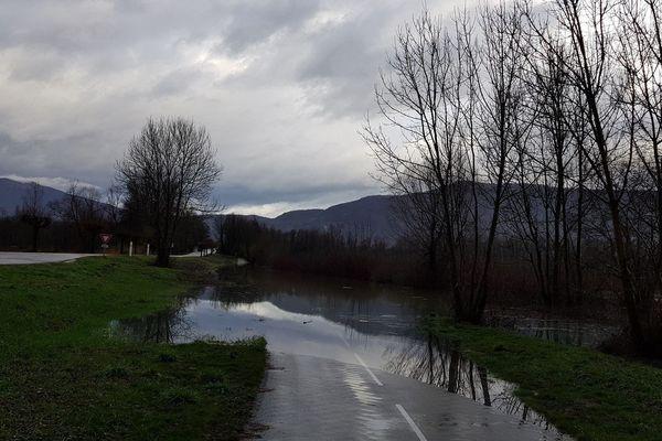 Inondation sur la commune Les Avenières Veyrins-Thuellin