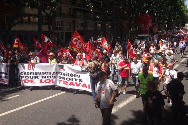 Plusieurs milliers de personnes ont une nouvelle fois battu le pavé à Toulouse pour dire leur opposition à la loi travail.