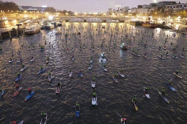 1000 rameurs sur la Seine ce matin pour la 10e édition du  Nautic Paddle