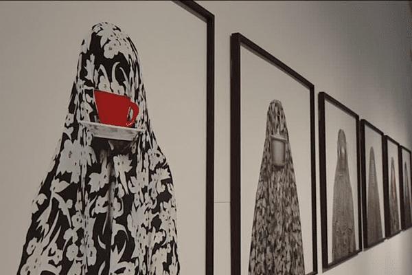 L'iranienne est parvenue à être reconnue dans son pays en se jouant des interdits.