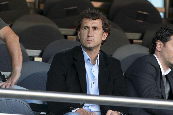 Gilles Grimandi, ici lors d'un match dans les tribunes du parc des Princes en 2011, quitte l'OGC Nice.