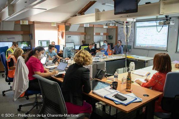 Cellule de crise dans le cadre d'un exercice de lutte contre les pollutions maritimes accidentelles