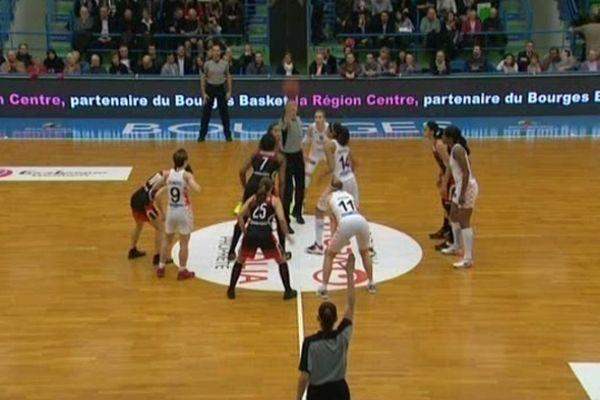 Bourges basket- Spartak Moscou au Palais des Sports du Prado - 19 déc 2012