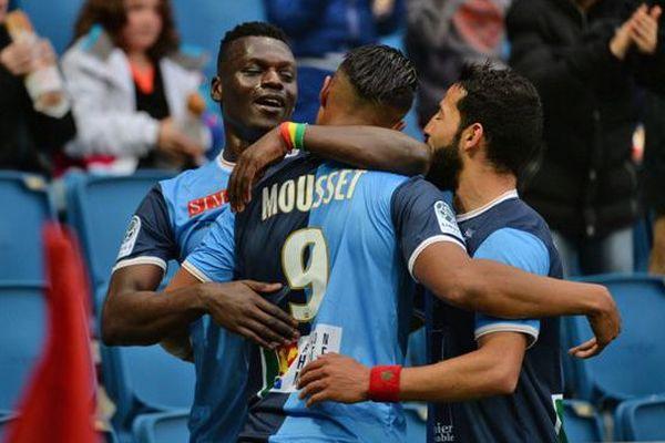 La joie des Havrais après le 1er but du HAC ( Mousset) face à Nîmes vendredi soir au Stade Océane