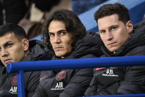 Edinson Cavani (ici au centre le 12 janvier entre Landro Paredes et Julian Draxler) n'a plus été titulaire depuis le 9 novembre, date à laquelle le PSG rencontrait le Stade brestois (victoire 1-2).