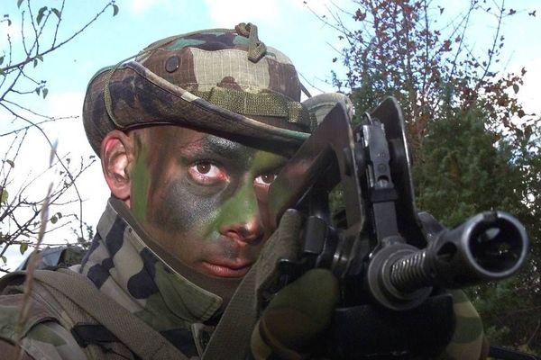Fortes demandes pour intégrer l'armée après les attentats.